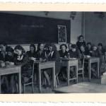 Klasa matematyczno-przyrodnicza z prof. M.Woydyłło - 1948r.
